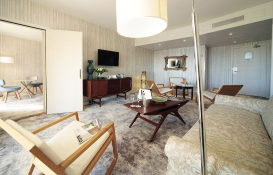 Suite Holiday Inn NICE - SAINT LAURENT DU VAR
