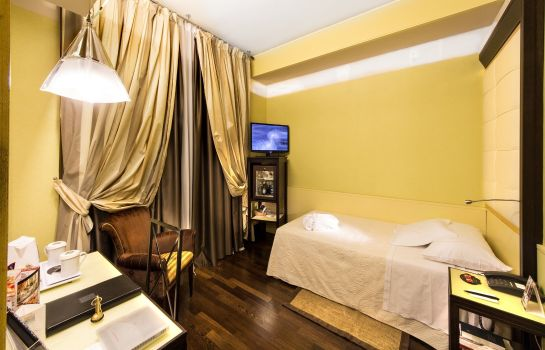 Room Antares Accademia