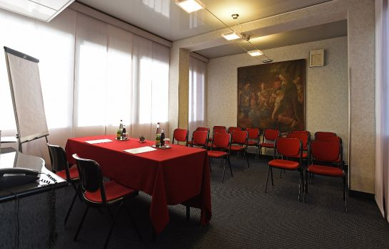 Conference room Antares Rubens