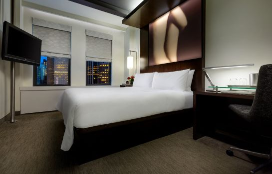 Zimmer The Maxwell New York City