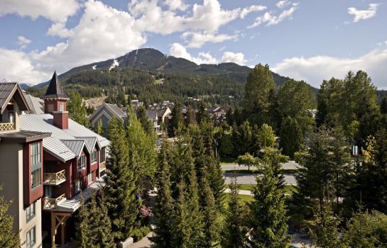 Vista esterna Delta Hotels Whistler Village Suites