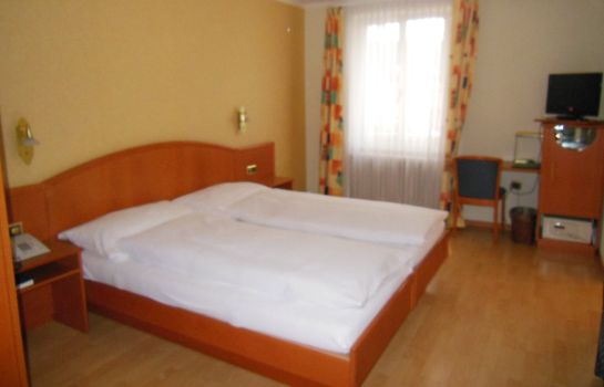 Double room (standard) Bahnhof Post
