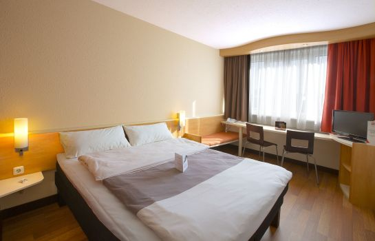 Single room (standard) ibis Linz City