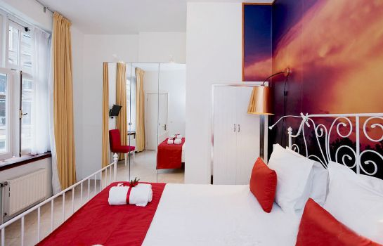 Standardzimmer Heemskerk Suites - Adults Only