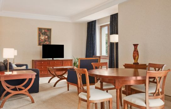 Suite Athenee Palace Hilton Bucharest
