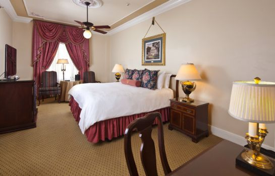 Room Le Pavillon New Orleans