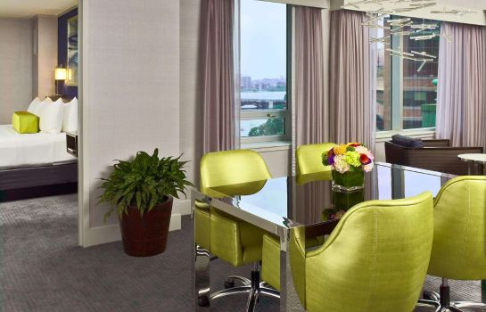 Suite Royal Sonesta Boston
