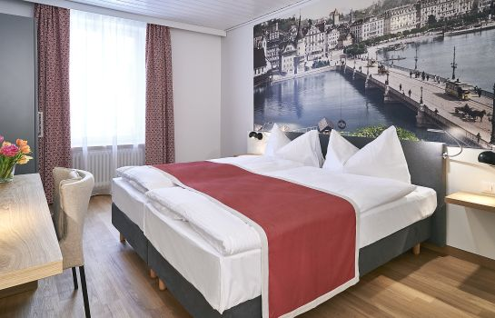 Chambre double (standard) Hotel Central Luzern