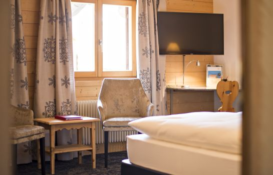 Doppelzimmer Komfort Hotel Chesa Rosatsch – Home of Food