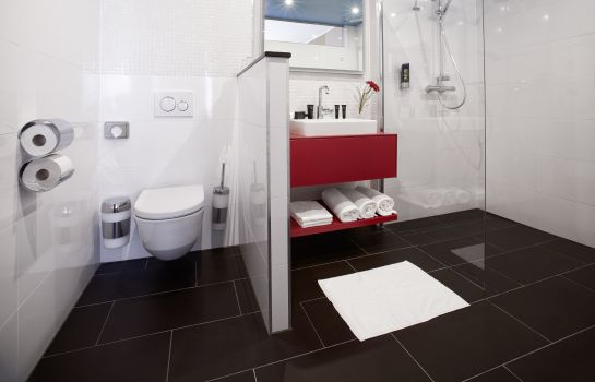 Bagno in camera Trans World Hotel Donauwelle