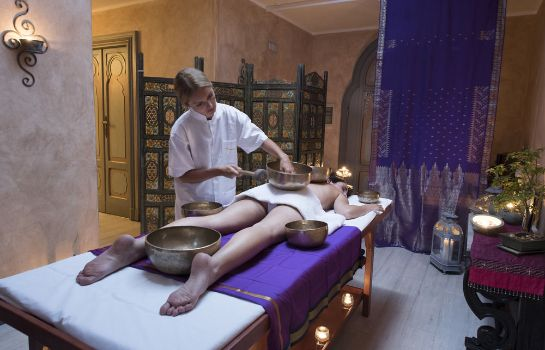 Massage room Villa Crespi