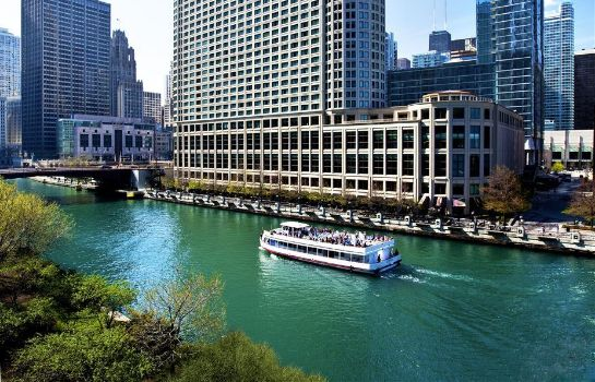 Buitenaanzicht Sheraton Grand Chicago