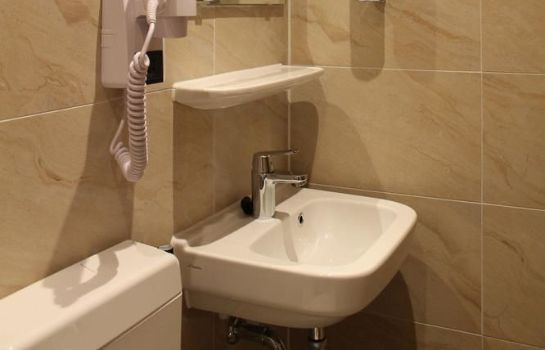 Bagno in camera Aston City Hotel