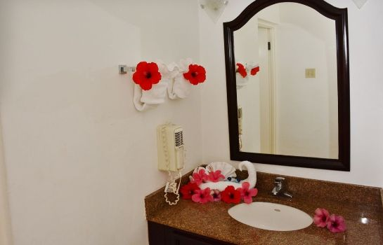 Bathroom Grand Port Royal Hotel Marina & Spa