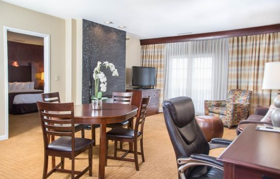 Suite DoubleTree by Hilton Bloomington