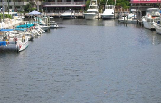 Exterior view MARINA DEL MAR KEY LARGO