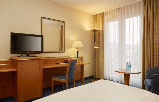 Double room (superior) H+ Hotel Magdeburg