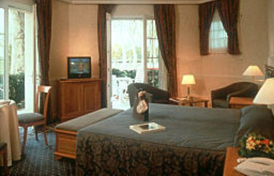 Zimmer Chateau Hotel & Spa Grand Barrail