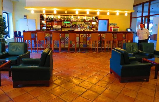 Hotel bar Alfamar Beach & Sport Resort