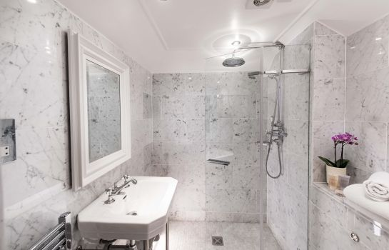 Bagno in camera Thainstone House Hotel & Spa