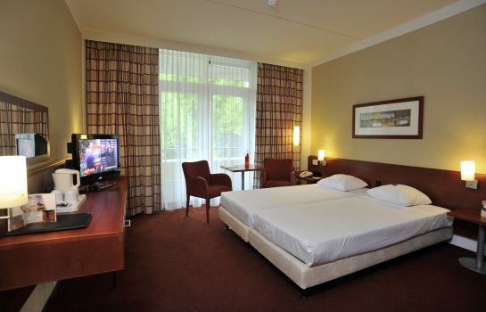 Double room (superior) Fletcher Parkhotel Val Monte