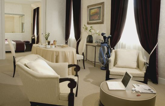 Suite Terme di Saturnia Spa & Golf Resort