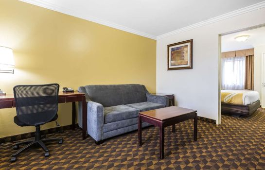 Suite Quality Inn & Suites Los Angeles Airport - LAX