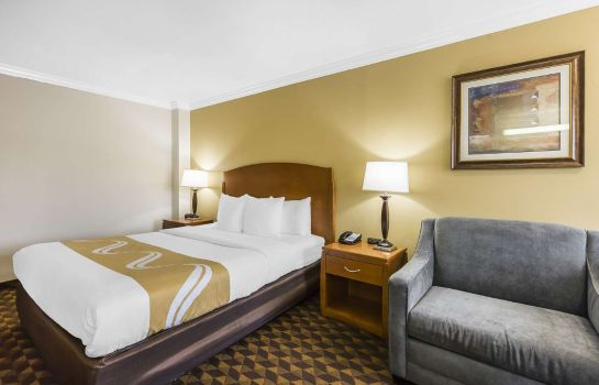 Camera Quality Inn and Suites Los Angeles Airpo