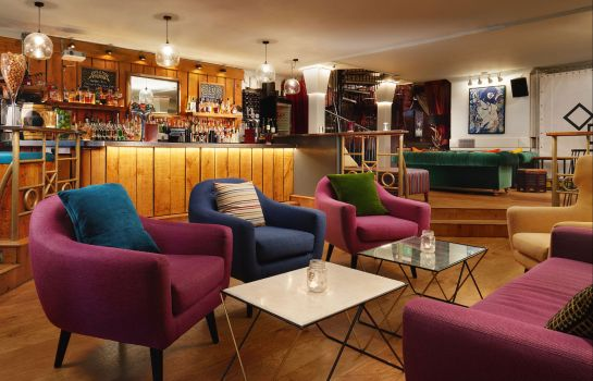 Hotel bar Berkeley Square Clifton Hotel