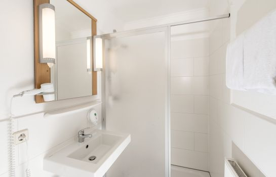 Bagno in camera ibis Erfurt Ost