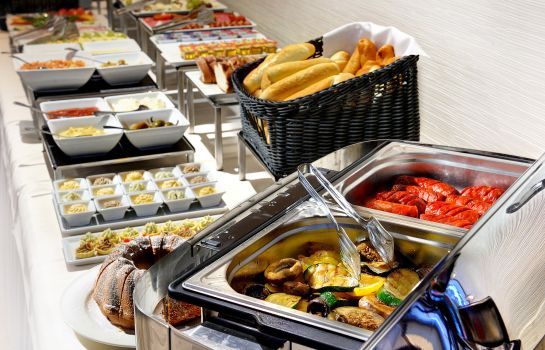 Breakfast buffet Hotel PARK