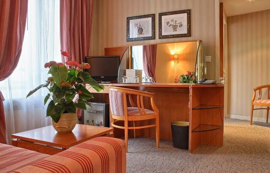 Zimmer Villa Luxembourg Residence Hotel