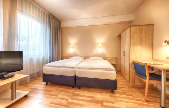 Doppelzimmer Komfort enjoy Berlin City Messe