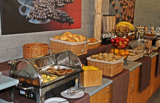 Breakfast buffet astral'Inn Hotel & Restaurant