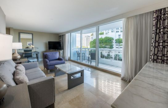 Suite DoubleTree by Hilton Grand Hotel Biscayne Bay