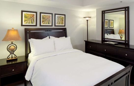 Room DoubleTree by Hilton Grand Hotel Biscayne Bay