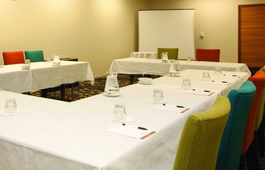 Conference room COPTHORNE HTL & APT QUEENSTOWN LAKEVIEW