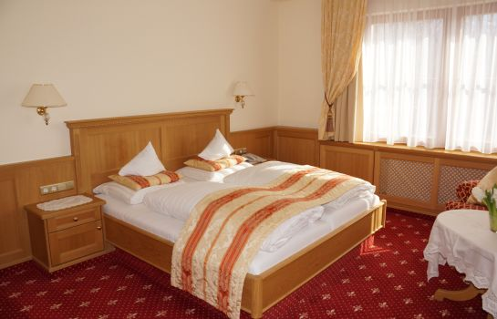 Double room (standard) Maria Theresia