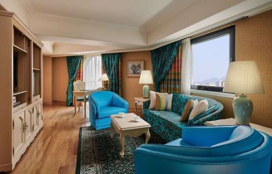 Suite The Riviera Hotel