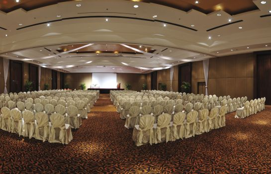 Meeting room Moevenpick Resort & Spa Karon Beach Phuket