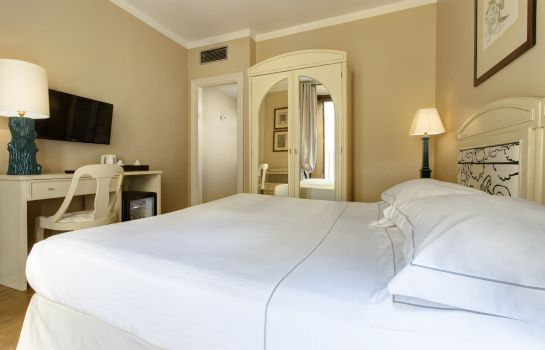 Double room (superior) Grand Hotel Cavour