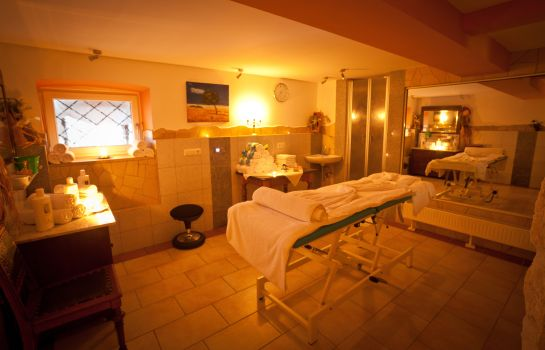 Massageraum Seebauer Hotel Gut Wildbad