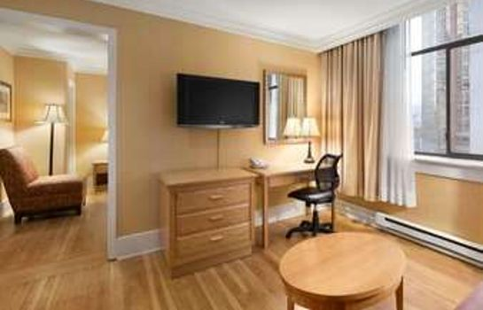Suite DAYS INN VANCOUVER DOWNTOWN