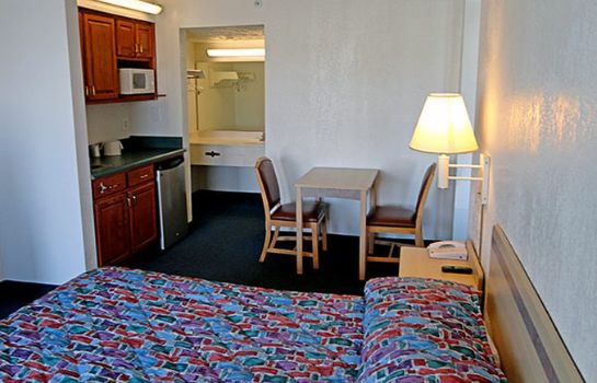 Suite MOTEL 6 INDIANAPOLIS