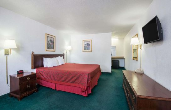 Zimmer DAYS INN GALLUP