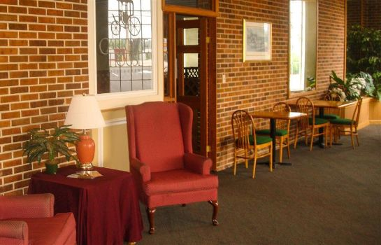 Lobby CARRIAGE INN