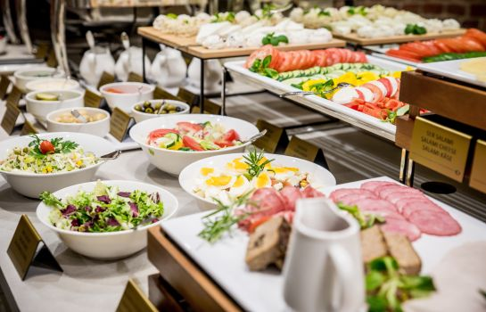 Breakfast buffet Diament Hotel Plaza Gliwice