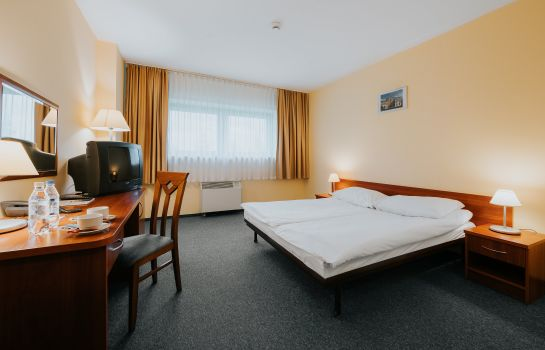 Single room (superior) Sangate Hotel Airport