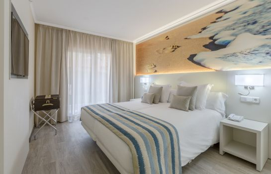 Suite Oliva Nova Beach & Golf Hotel