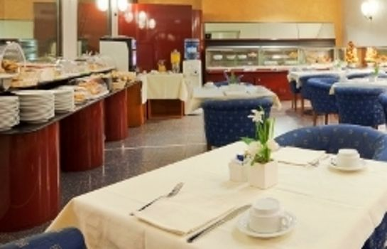 Sala colazione Holiday Inn TURIN CITY CENTRE